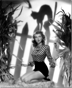 Classic Hollywood actress Lillian Wells, vintage Halloween pin-up girl photo[4]